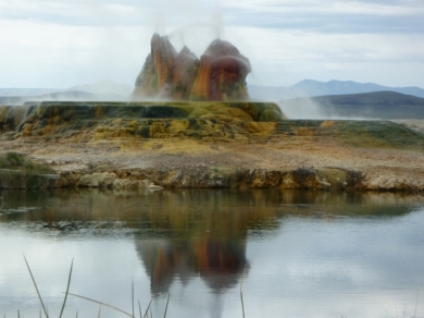 Fly Geyser - Photo by Jawsh