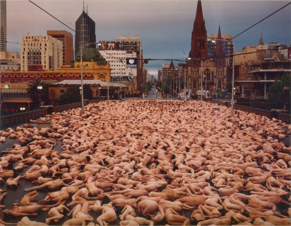 Spencer Tunick, 2007. 400+ people naked on the Flinders St bridge in Melbourne