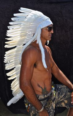 caravncilce feather war bonnet