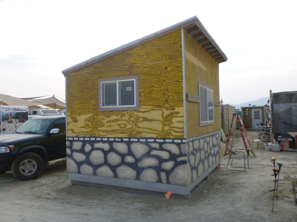 Transforming Castle Truck Becomes 3 Story Tiny House BurnersMe